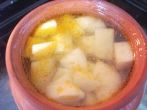 Курица с картофелем в горшочках6